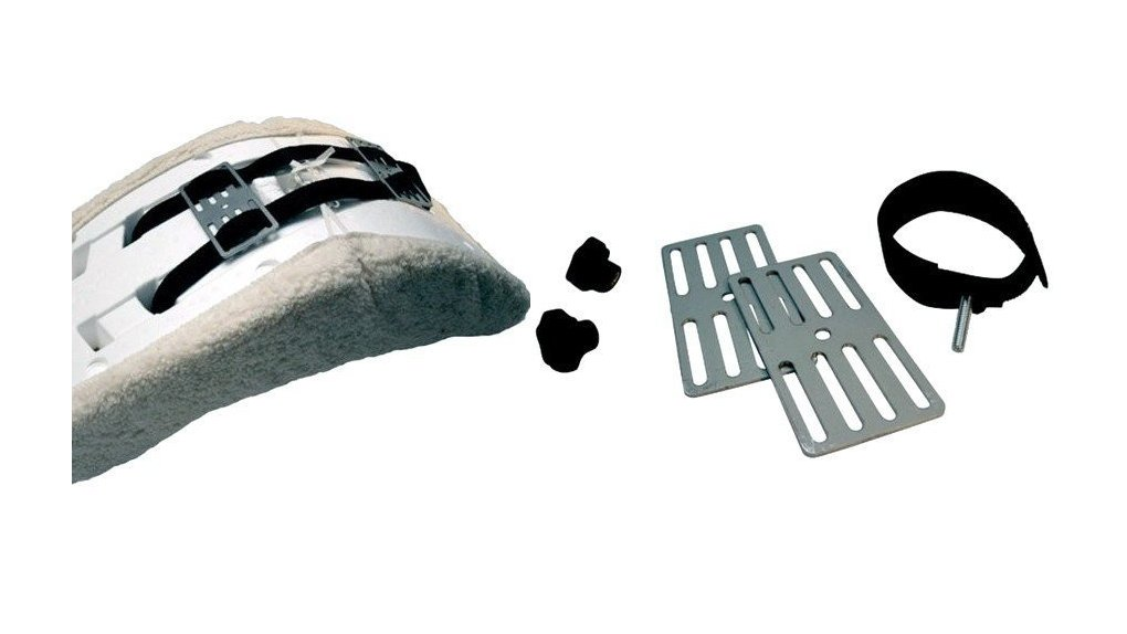 set de fixation pour siège coque dans coffre bois