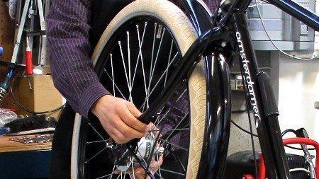 Installation kit assistance électrique sur un vélo (85)