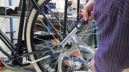 Prestations sur un vélo hollandais, hors assistance électrique