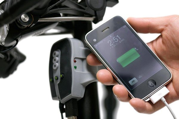 chargeur_velo_dynamo_gps_iphone__034014100_1520_06052013
