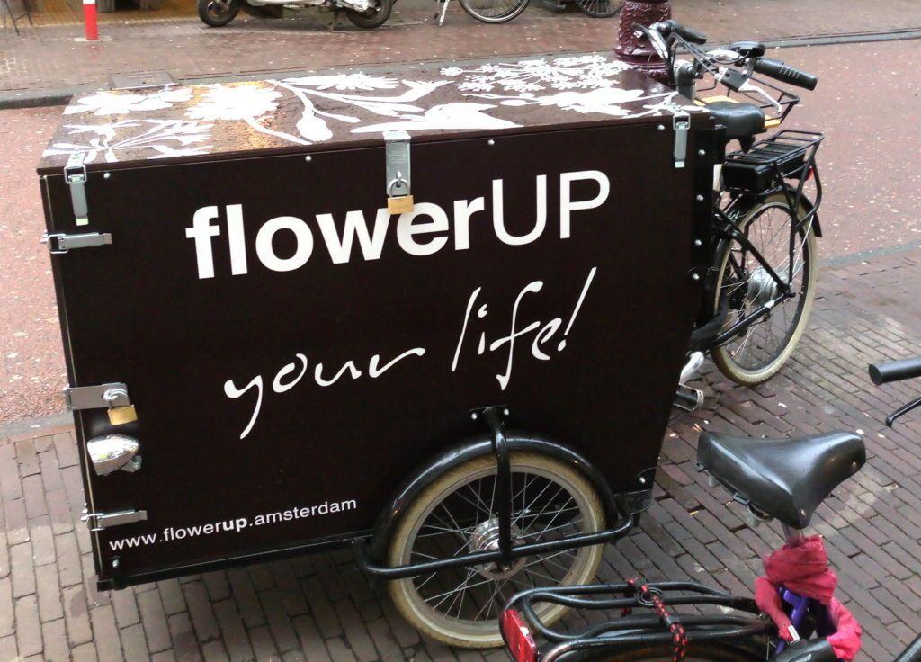 Triporteur fleuriste à Amsterdam