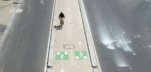 piste-cyclable-paris-vide