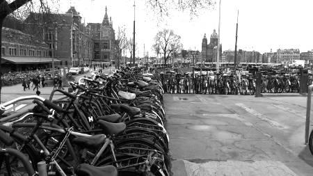 parking velo gare amsterdam - bonus derniere ligne droite