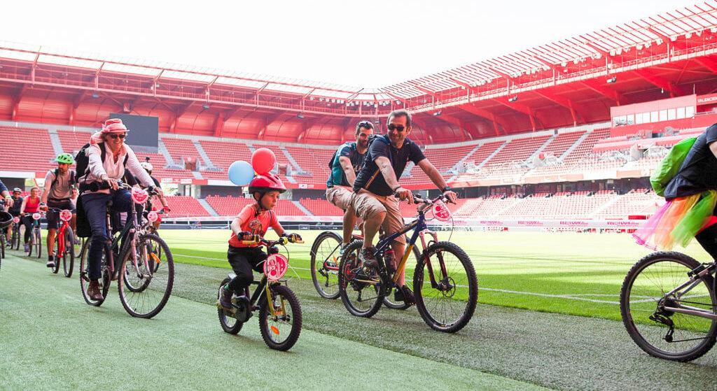Vélotour au stade du Hainaut de Valenciennes