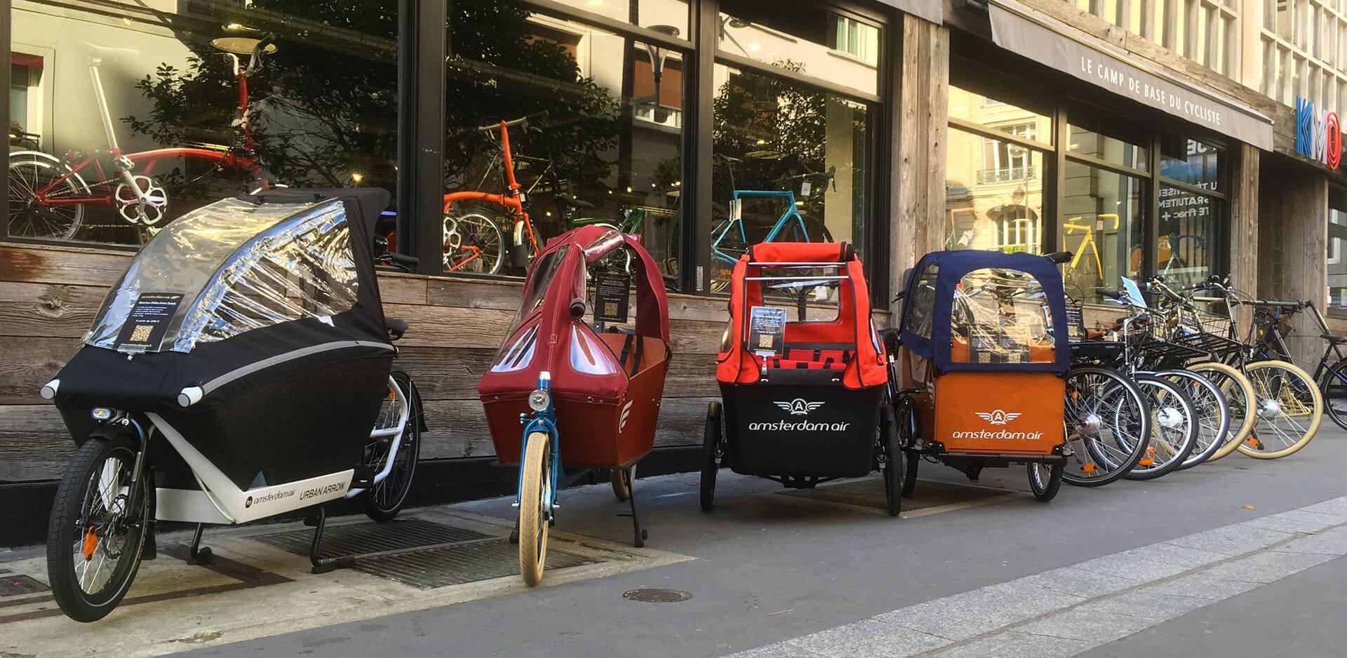 Les vélos en exposition au showroom parisien d'Amsterdam Air