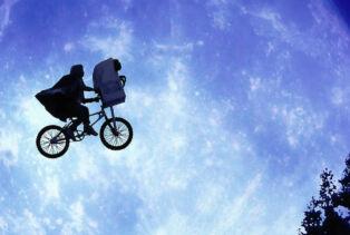 L'image emblématique de E.T. l'extra-terrestre