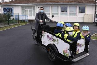 Le vélobus flambant neuf de Saint-Sébastien-sur-Loire