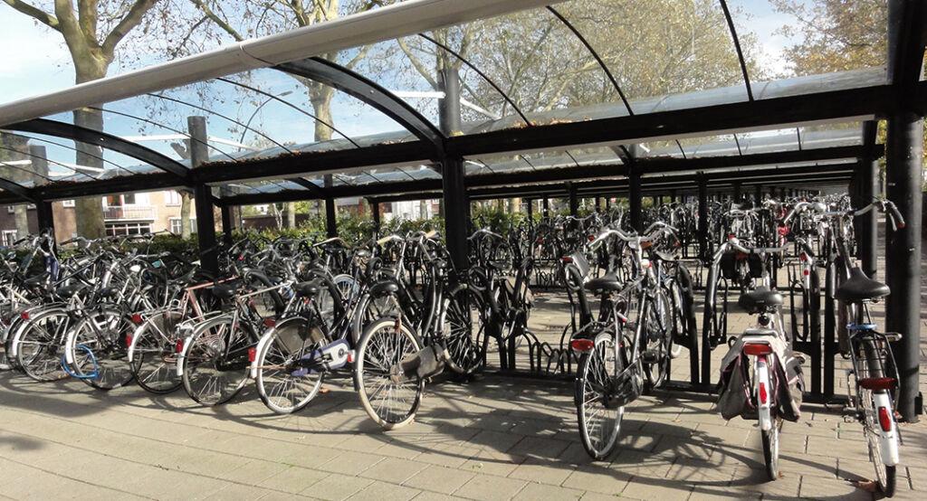 parking velo parisien stationnement