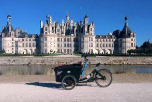 Le Triobike de Thomas Sorel devant le château de Chambord